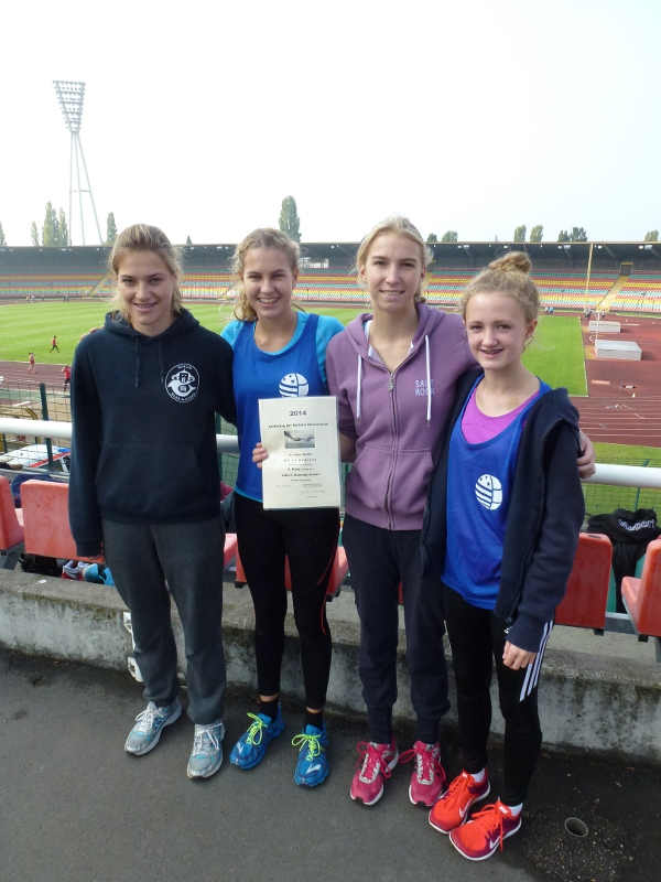 Charlotte, Antonia, Kyra, Lilli 6.Pl 4x100m WKIII